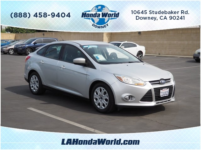 pre-owned 2012 ford focus se se 4dr sedan in downey #373290-1